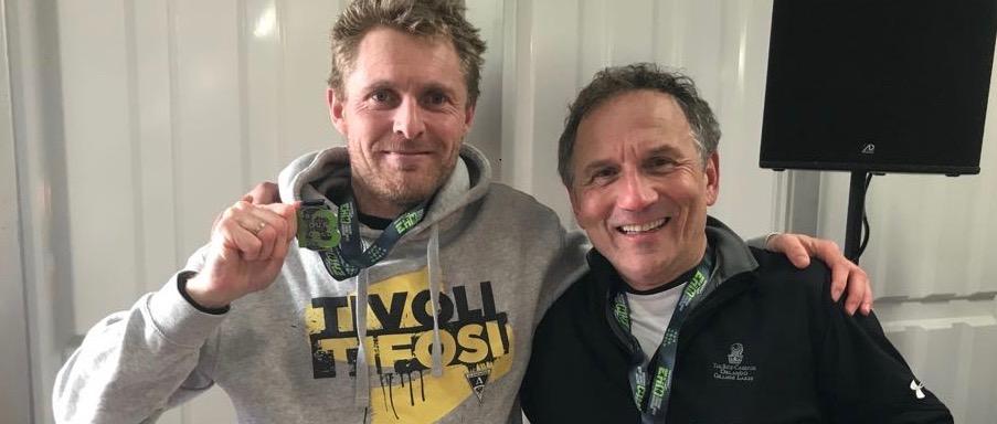 Pieter rent marathons na kniebehandeling Kneeclinic